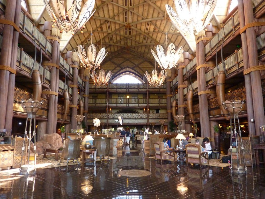 animal_kingdom_lodge_lobby