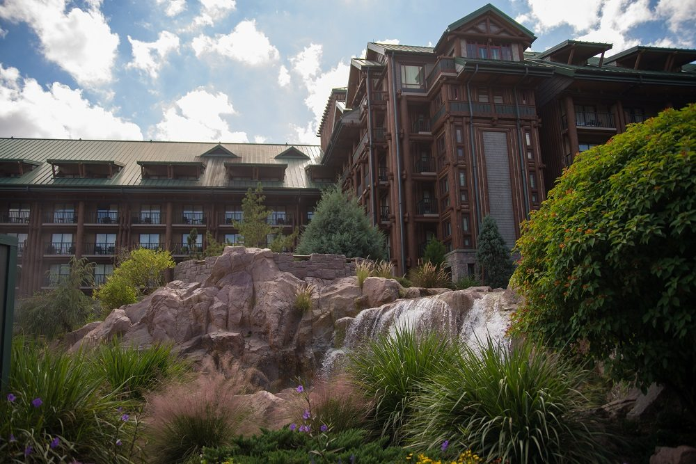The villas at disney 39 s wilderness lodge dvc resale market for Villas wilderness lodge