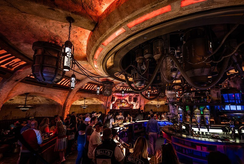 Star Wars Galaxy Edge Mos Eisley Cantina