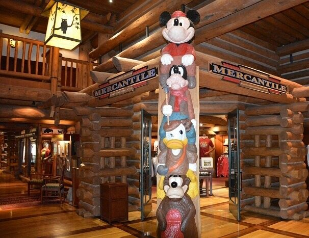 Character totem pole at Disney Vacation Club's Boulder Ridge